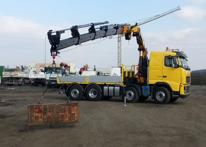 etudes conception fabrication maintenance réparation dépannages sur site pour les équipements et les composants hydrauliques à huile et à eau en Ile de France